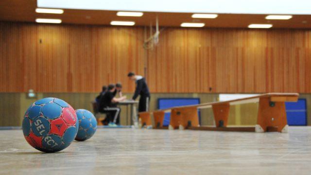 handballer-i-hall